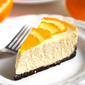Pressure Cooker Dreamy Orange-Cheesecake is the perfectly delicious, creamy orange cheesecake! Make it in your Instant Pot! simplyhappyfoodie.com