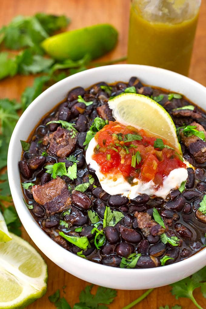 Instant Pot Mini Tasty Black Beans is a 3 quart electric pressure cooker recipe that makes 3 cups of flavorful Southwest style black beans. simplyhappyfoodie.com #instantpotrecipes #instantpotminirecipes #3quartinstantpotrecipes #instantpotblackbeans
