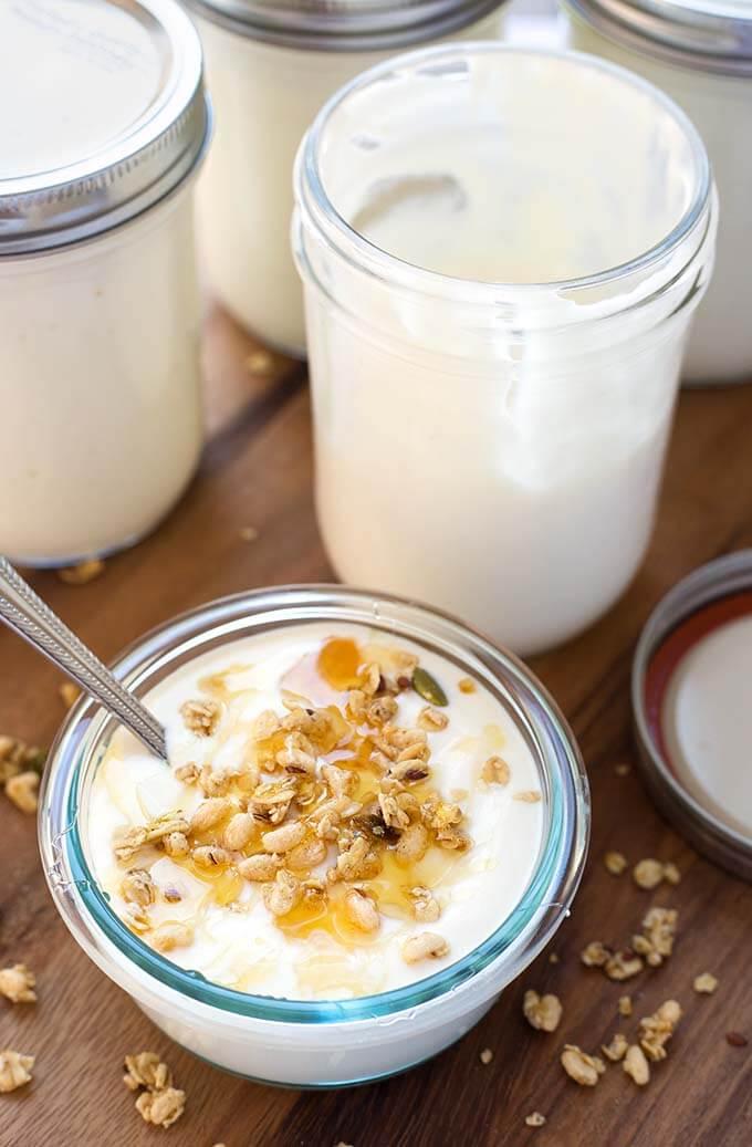 Instant Pot No Boil Yogurt AKA cold start Yogurt is thick, creamy, and delicious. Pressure cooker yogurt is fun to make and tastes so good! simplyhappyfoodie.com #instantpotyogurt #coldstartyogurt #noboilyogurt #instantpotcoldstartyogurt #pressurecookeryogurt