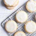 Vanilla Icing Glaze on round sugar cookies