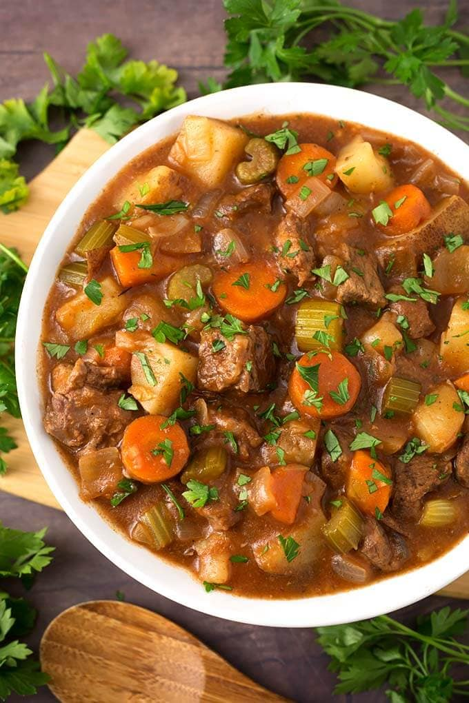 Classic Slow Cooker Beef Stew Simply Happy Foodie