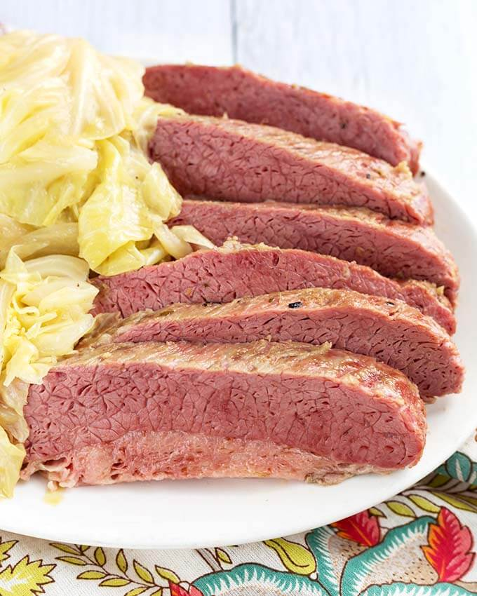 Slow Cooker Corned Beef and Cabbage  crock pot corned beef and cabbage