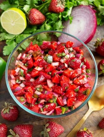 Fresh Strawberry Salsa in a glass bowl