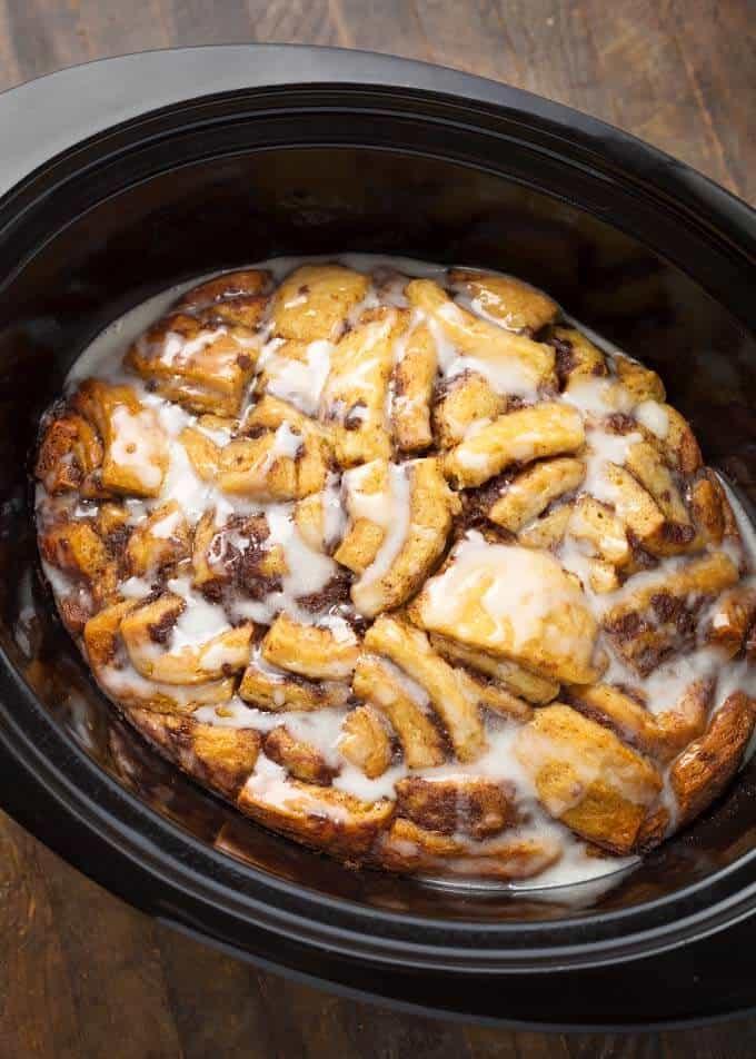 Cinnamon Roll Casserole in slow cooker