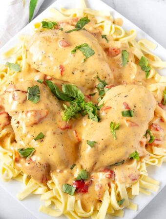 Instant Pot Creamy Cajun Chicken Breasts